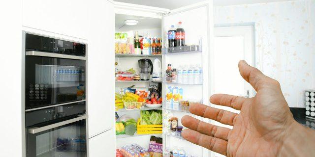 12+1 μακράς διάρκειας τρόφιμα, που πρέπει να έχουμε πάντοτε στα ντουλάπια μας