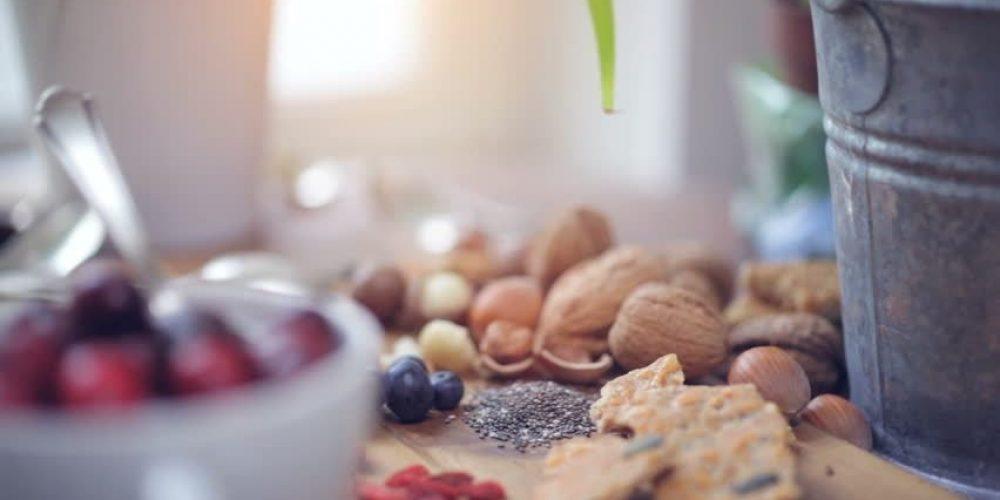 Οι 14 Ελληνικές υπερτροφές που βρίσκονται πάντα στην κουζίνα σας και θα τονώσουν σημαντικά το ανοσοποιητικό σας!